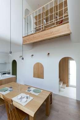 Otsu House: ALTS DESIGN OFFICEが手掛けたダイニングです。