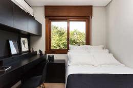 Ateliê 7 arquitetura e design integrados: modern tarz Yatak Odası