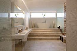 modern Bathroom by LABOR WELTENBAU ARCHITEKTUR