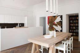 Salle à manger de style de style Moderne par Studio Fabio Fantolino