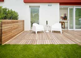 Jardines de estilo minimalista por Burnazzi  Feltrin  Architects