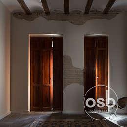 rustic Living room by osb reformas