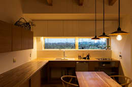 キッチン(新築): エヌ スケッチが手掛けたキッチンです。