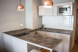 Кухни в . Автор – Blue Interior Design