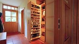 modern Dressing room by LIGNUM Möbelmanufaktur