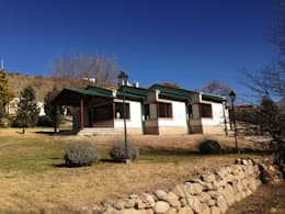 Casas de estilo rural por Comma - Oficina de arquitectura