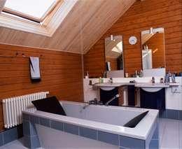 Дом в Успенском: Ванные комнаты в . Автор – архитектурная мастерская МАРТ