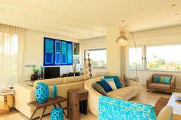 غرفة المعيشة تنفيذ Atelier  Ana Leonor Rocha