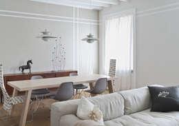Livings de estilo moderno por Fabio Azzolina Architetto