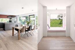Couloir et hall d'entrée de style  par Unica Architektur AG