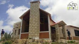 Projekty, rustykalne Domy zaprojektowane przez ARCO +I