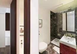 modern Bathroom by Fabio Azzolina Architetto