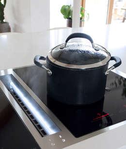 modern Kitchen by Designer Kitchen by Morgan
