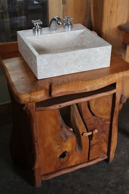 Mueble vanitory rustico: Baños de estilo rural por Enrique Ramirez Muebles artesanales