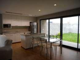 Cocinas de estilo rústico por Metamorfose Arquitetura e Urbanismo