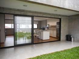 Casas de estilo rústico por Metamorfose Arquitetura e Urbanismo