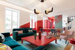 Maison Pop: Salon de style de style Moderne par Agence d'architecture intérieure Laurence Faure