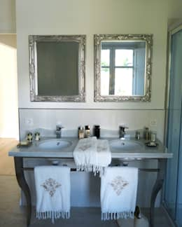 Baños de estilo clásico por Conely
