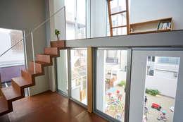 客廳 by 松浦荘太建築設計事務所
