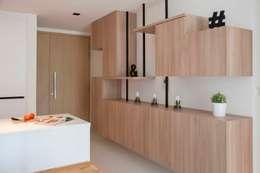 RIPPLE BAY:  Corridor, hallway by Eightytwo Pte Ltd