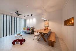 غرفة السفرة تنفيذ Eightytwo Pte Ltd
