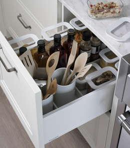 Кухни в . Автор – DEULONDER arquitectura domestica