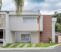 บ้านและที่อยู่อาศัย by Angelica Pecego Arquitetura