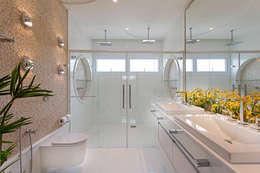 Phòng tắm by Arquiteto Aquiles Nícolas Kílaris