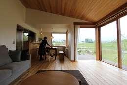 scandinavian Dining room by 藤松建築設計室