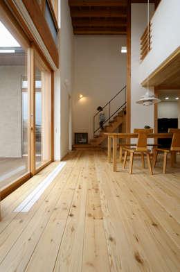 Dining room by 藤松建築設計室