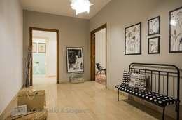 Corredores e halls de entrada  por Flavia Case Felici