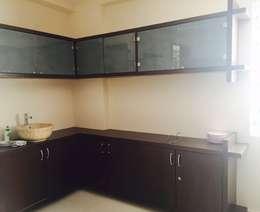 Residential 3bhk, Madhapur: modern Dining room by DeTekton