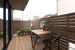 松戸市H邸: スタジオ・スペース・クラフトが手掛けたベランダです。