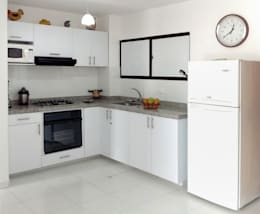 modern Kitchen by Remodelar Proyectos Integrales