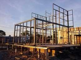 Tường by FILIPPIS/DIP - DISEÑO Y CONSTRUCCION