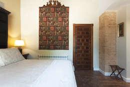 Dormitorios de estilo rústico por Raul Garcia Studio