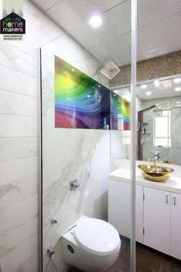 Master Washroom: modern Bathroom by home makers interior designers & decorators pvt. ltd.