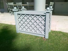 VERSAILLES PLANTER:  Garden  by Oxford Trellis