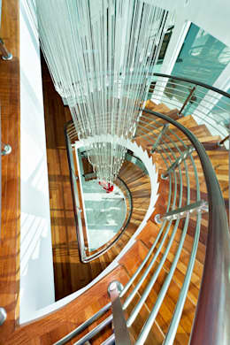 Corridor & hallway by Design Spirits