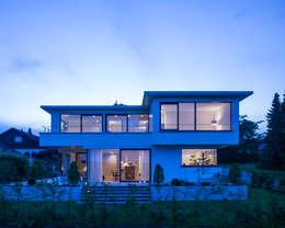 Maison individuelle de style  par KitzlingerHaus GmbH & Co. KG
