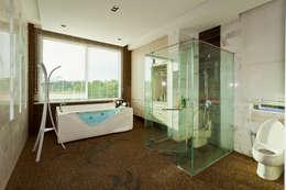 modern Bathroom by Design Spirits