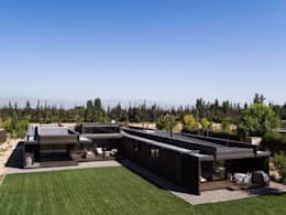 proyecto: Casas de estilo moderno por SUN Arquitectos
