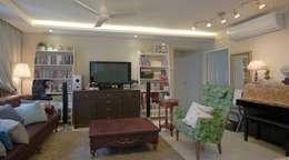 Ruang Keluarga by Designer House