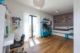 Projekty,  Pokój dziecięcy zaprojektowane przez KitzlingerHaus GmbH & Co. KG