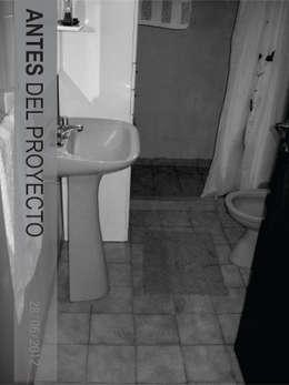 Baños de estilo minimalista por D'ODORICO OFICINA DE ARQUITECTURA