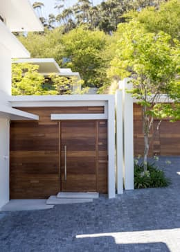 The Door from the street: modern Houses by Jenny Mills Architects