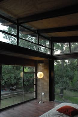 Forest Edge Guest House, Clarens: industrial Bedroom by Reinier Brönn Architects & Associates