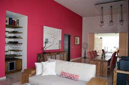 Salas / recibidores de estilo asiático por Erika Winters Design