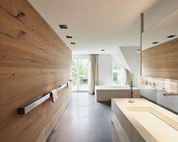 Ванные комнаты в . Автор – Philip Kistner Fotografie