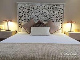 Dormitorios de estilo  por Cristina Cortés Diseño y Decoración